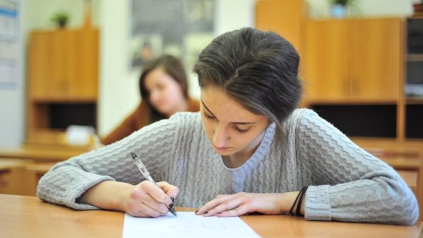 Решившие поступать в колледжи выпускники будут зачислены по аттестатам