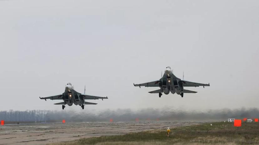 Истребители Су-27 подняли для перехвата В-52H ВВС США над Балтикой