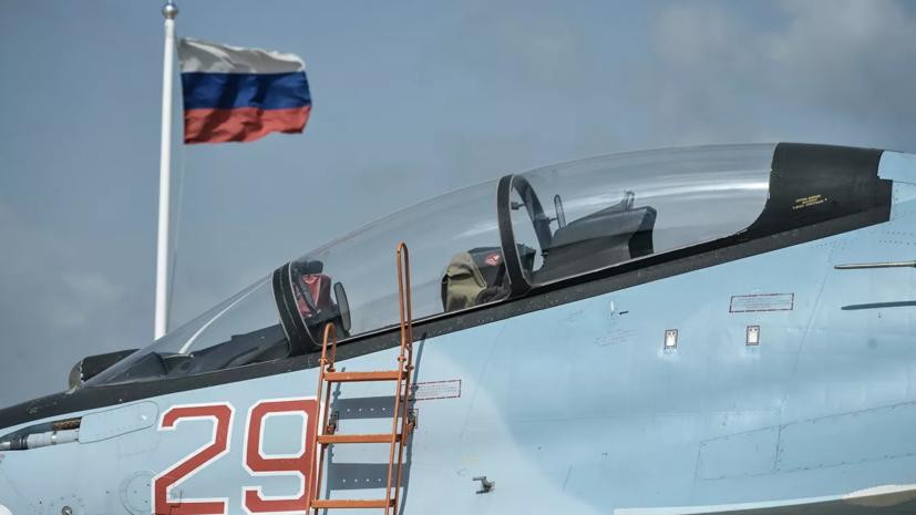 На российской авиабазе в Сирии провели парад Победы