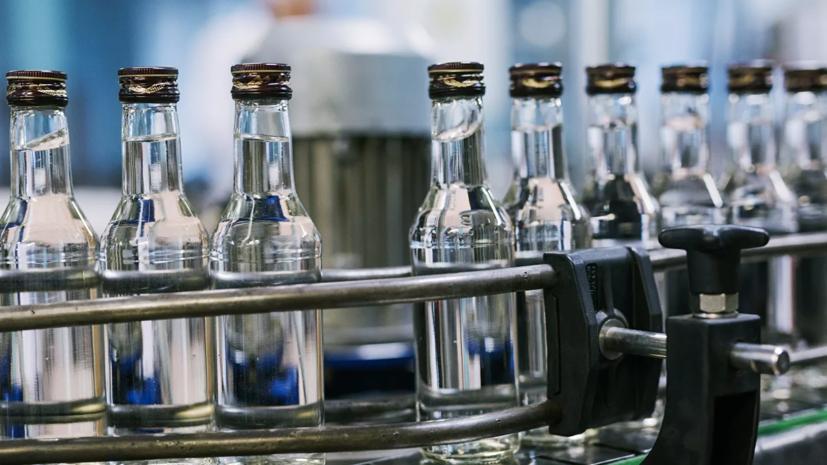 Кабмин разрешил выплачивать субсидии продающим алкоголь компаниям