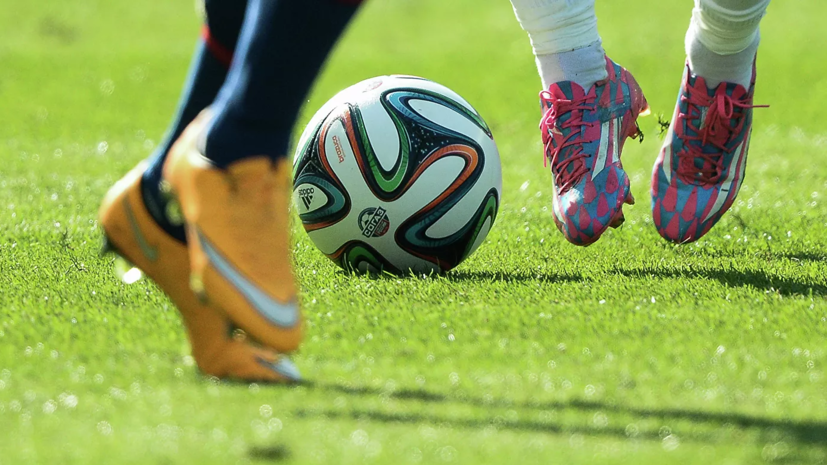 Сборная врачей Москвы провела футбольный матч с командой блогеров