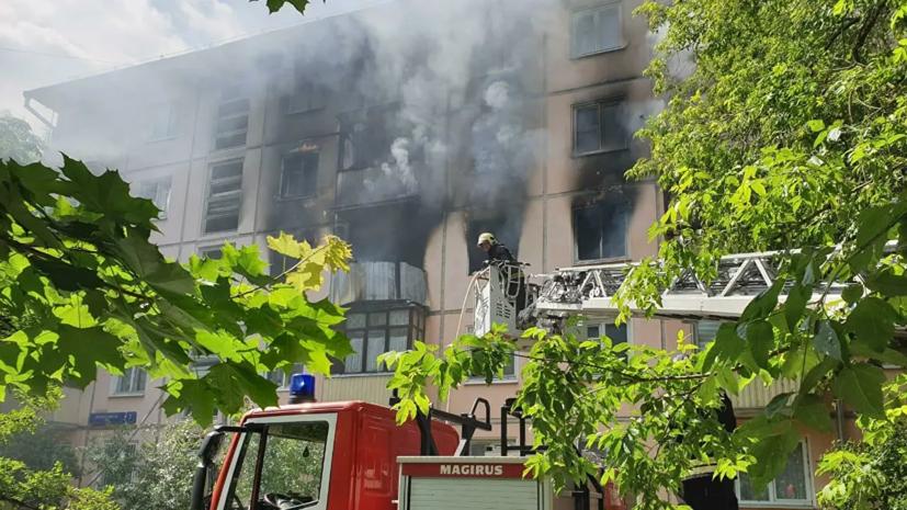 Пожар в доме на северо-востоке Москвы потушен