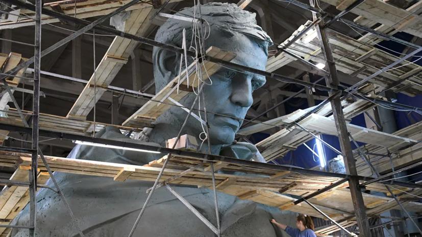 Скульптор Коробцов рассказал о работе над Ржевским мемориалом