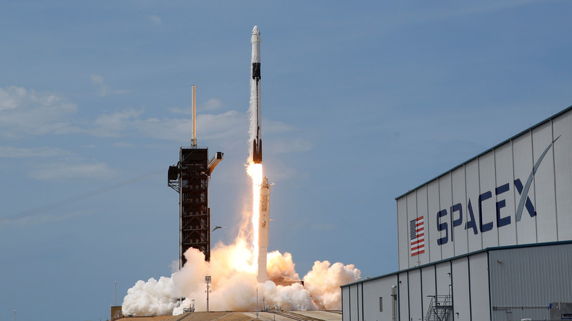 Ракета Falcon 9 с навигационным спутником стартовала с мыса Канаверал