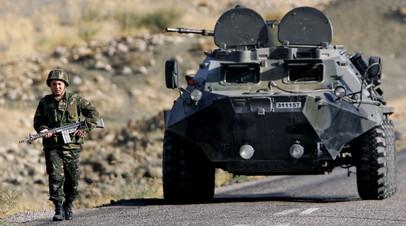 Бойцы курдских отрядов  (YPG) в сирийском Кобани