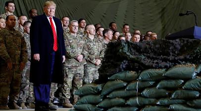 Президент США Дональд Трамп во время визита в Афганистан 28 ноября 2019 года