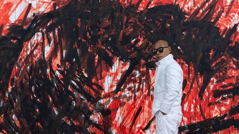 Пандемия в красных тонах: в Эрмитаже увидят картины китайского художника