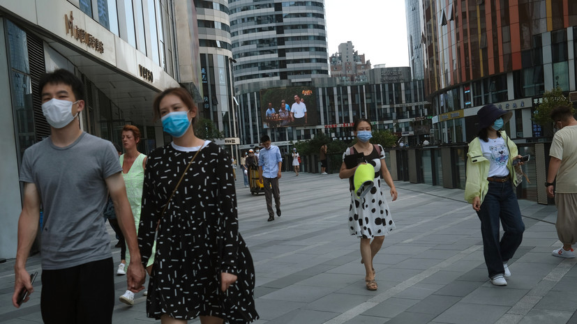 В Китае за сутки выявили три случая инфицирования коронавирусом