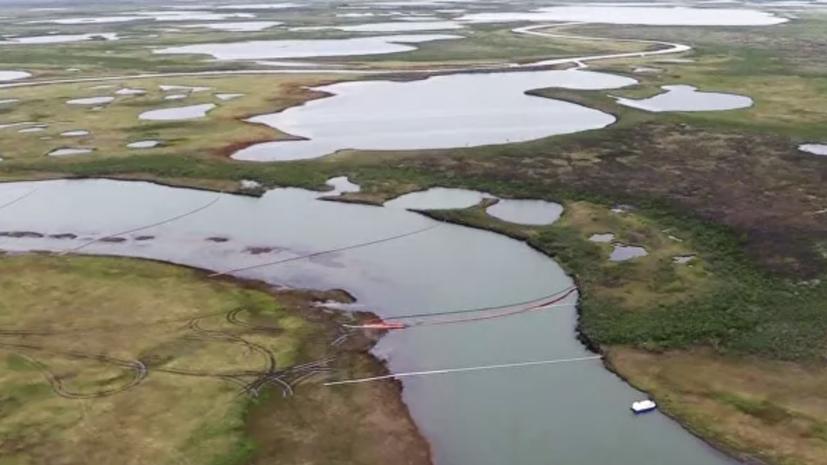 За сутки на месте ЧП в Норильске собрано 23 кубометра водонефтяной смеси
