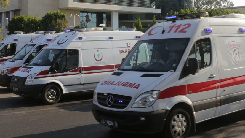 В Турции 73 человека пострадали при ЧП на фабрике фейерверков