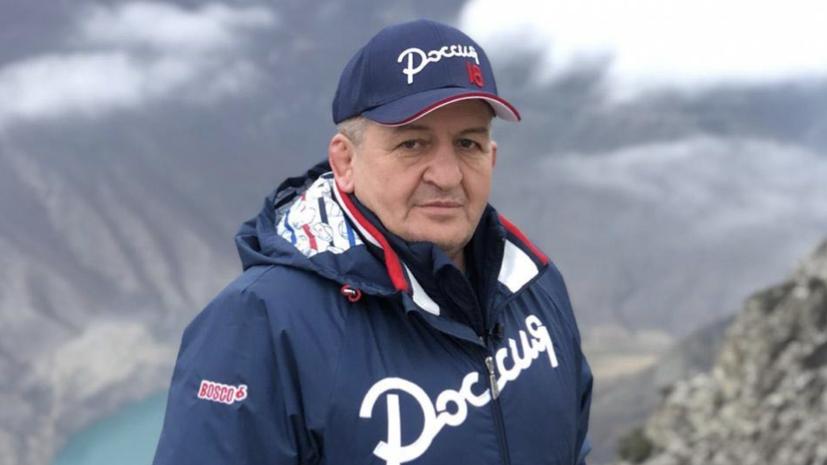 В Дагестане простились с Абдулманапом Нурмагомедовым