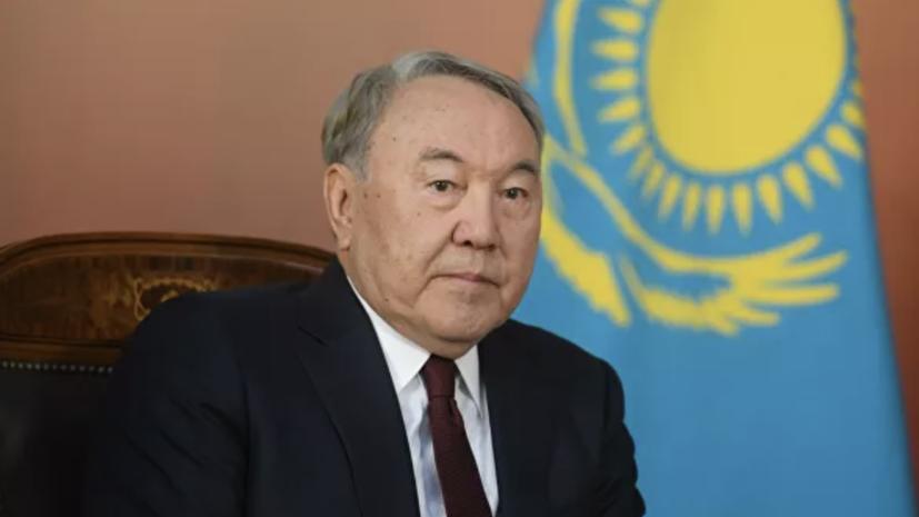 Лукашенко поздравил Назарбаева с юбилеем