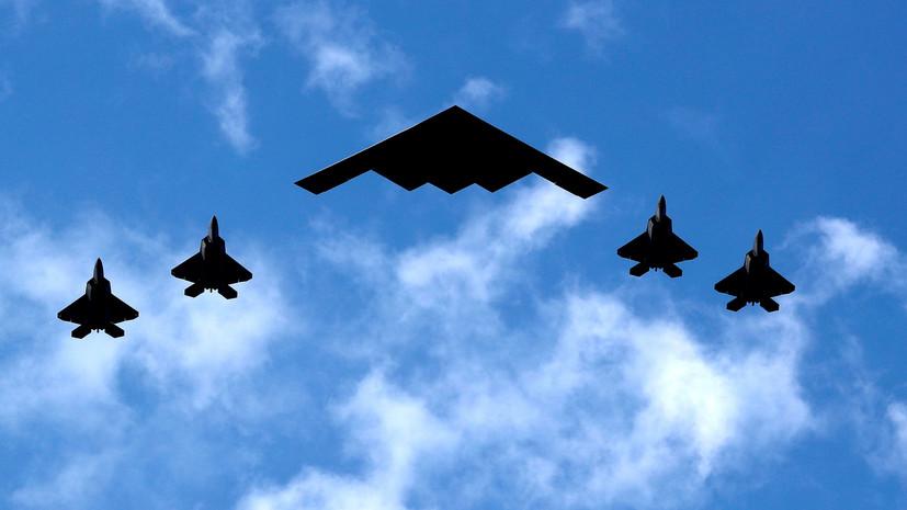 В США по случаю Дня независимости прошёл авиапарад