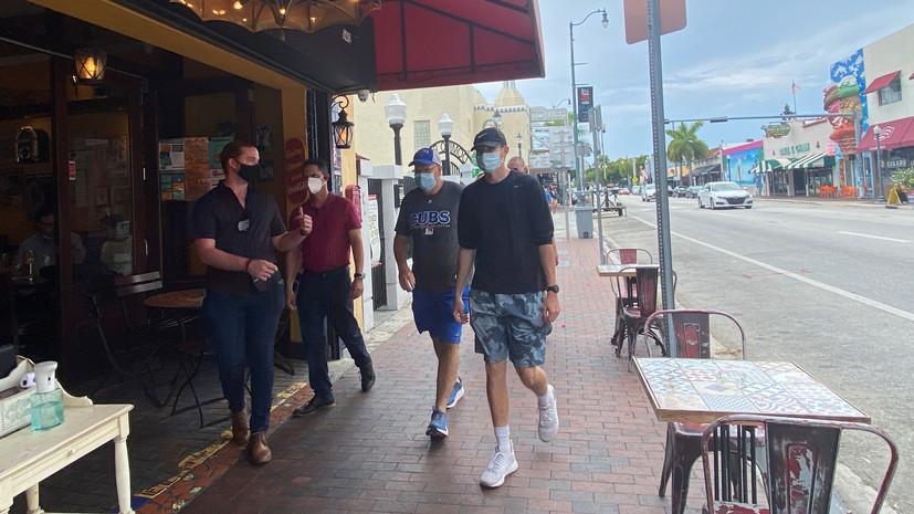 В округе Флориды закроют рестораны и спортзалы из-за коронавируса