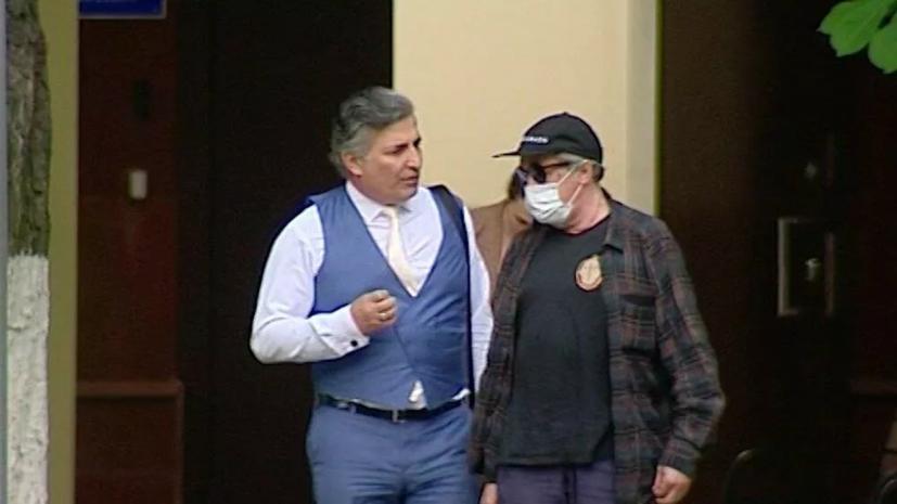 Адвокат Ефремова объяснил обращение актёра после ДТП