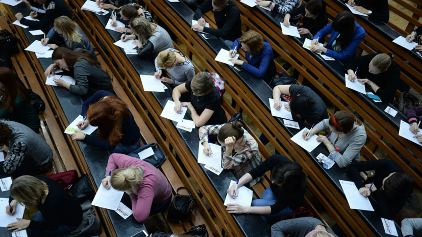 В СПбГУ разработали учебный курс о коронавирусах