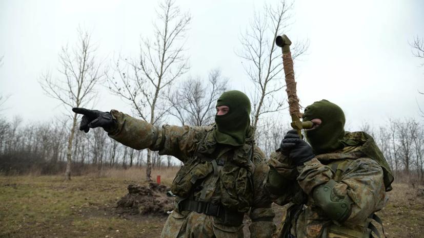 Военнослужащие ЗВО отработали действия по ликвидации последствий применения оружия массового поражения