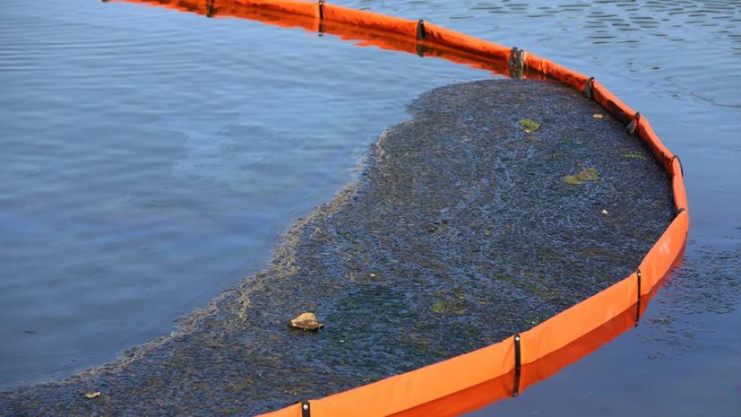 В Сургуте устраняют разлив нефтепродуктов