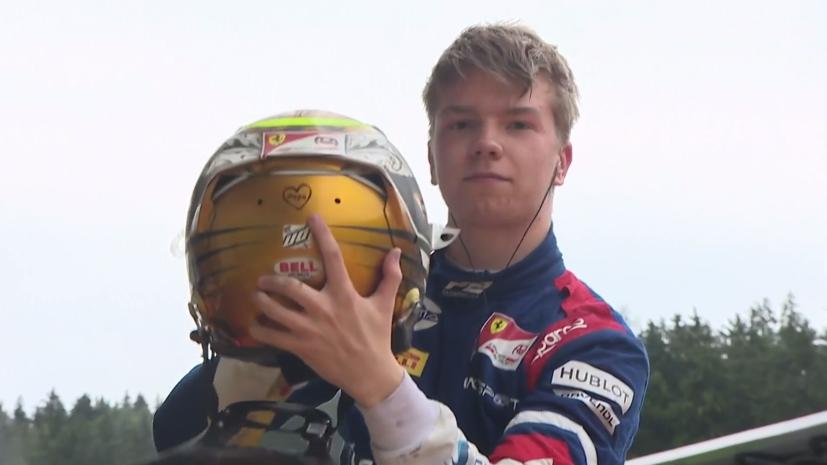 Россиянин Шварцман победил в первой гонке второго этапа «Формулы-2»