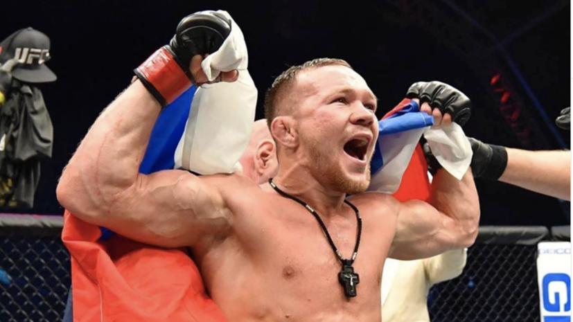 Магомедшарипов поздравил Яна с завоеванием чемпионского пояса UFC