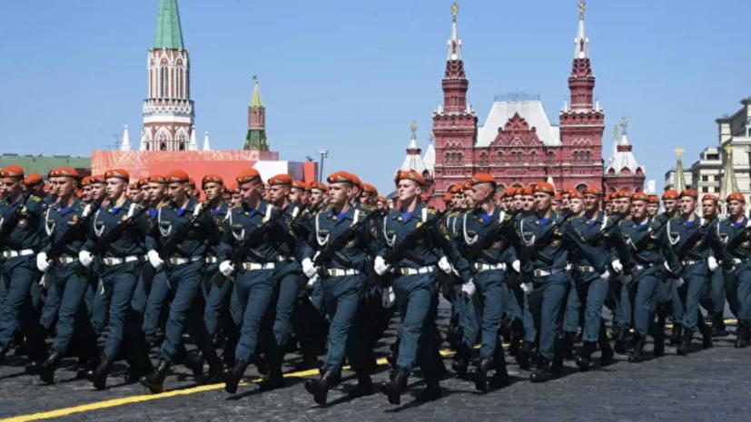 Минобороны заявило об отсутствии больных COVID-19 среди участников парада Победы