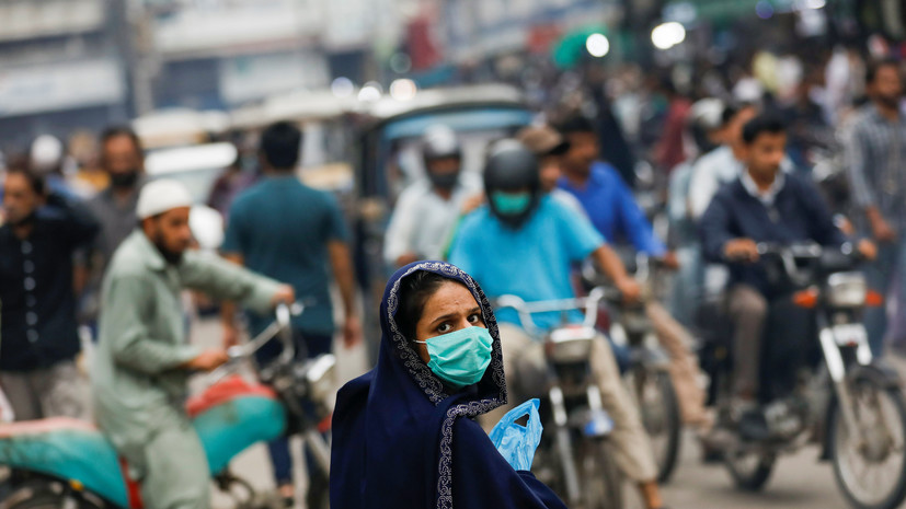 В Пакистане число выявленных случаев коронавируса достигло 253 604