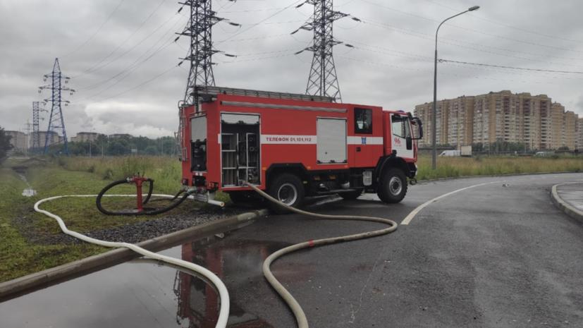 В Подмосковье полностью ликвидировали пожар на обувном складе