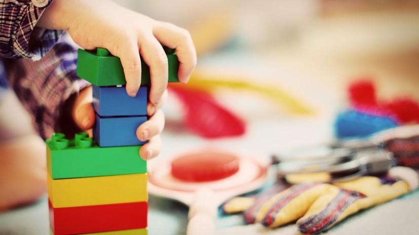 В Роспотребнадзоре рассказали об увеличении доли некачественных товаров для детей за семь лет