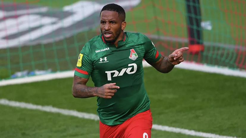 Источник: «Локомотив» не будет продлевать контракт с Фарфаном