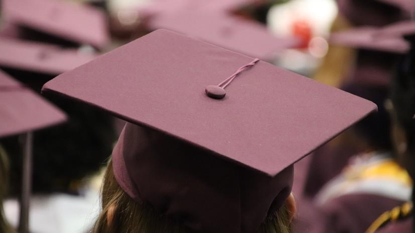 Минобрнауки изучает возможность увеличения стипендий до уровня МРОТ