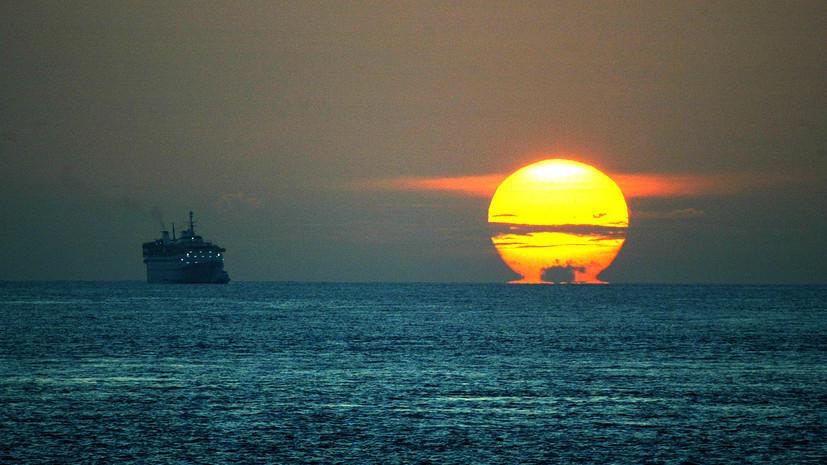 Пираты похитили у берегов Бенина 13 российских и украинских моряков