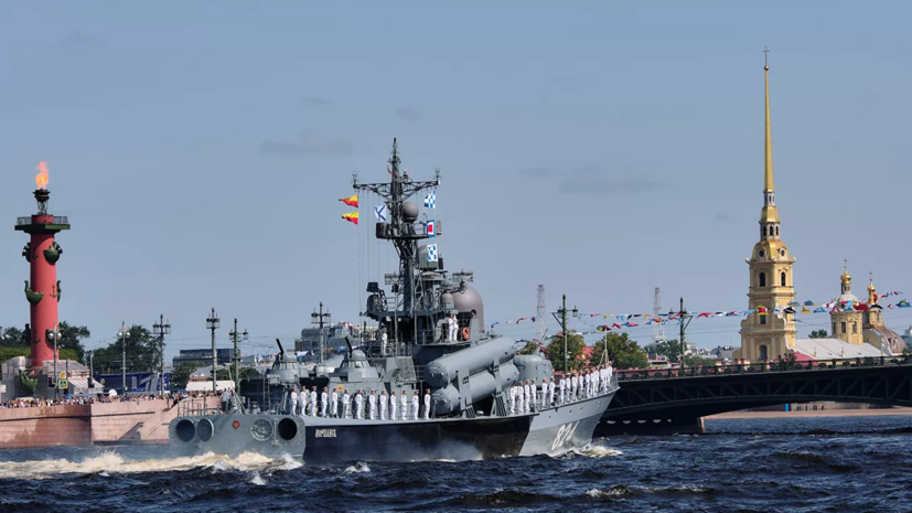 Путин приедет на парад ВМФ 26 июля в Петербург