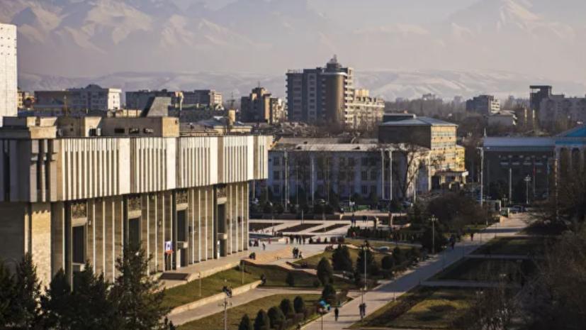 В Киргизии за сутки выявили 1108 новых случаев коронавируса