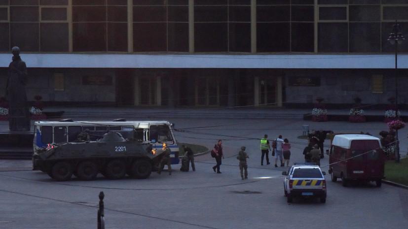 Зеленский прокомментировал освобождение заложников в Луцке