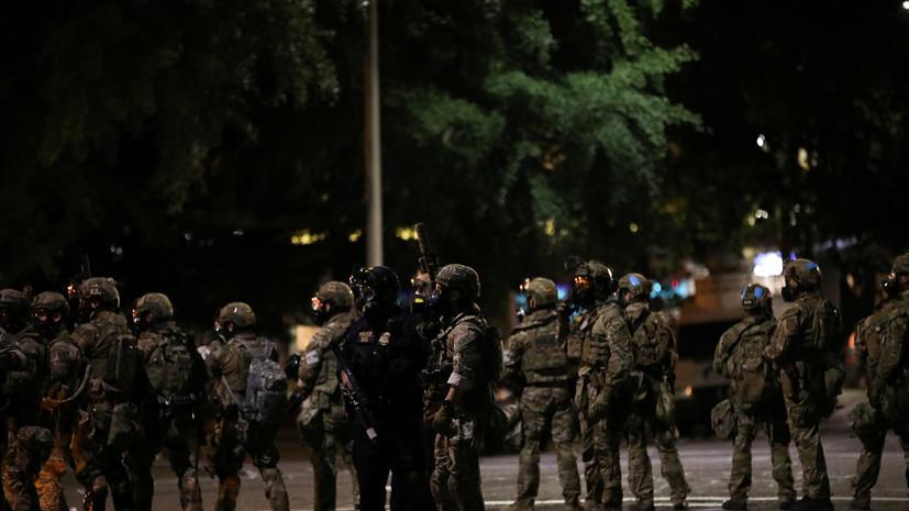 В США полицейские напали на освещавших протесты журналистов из России