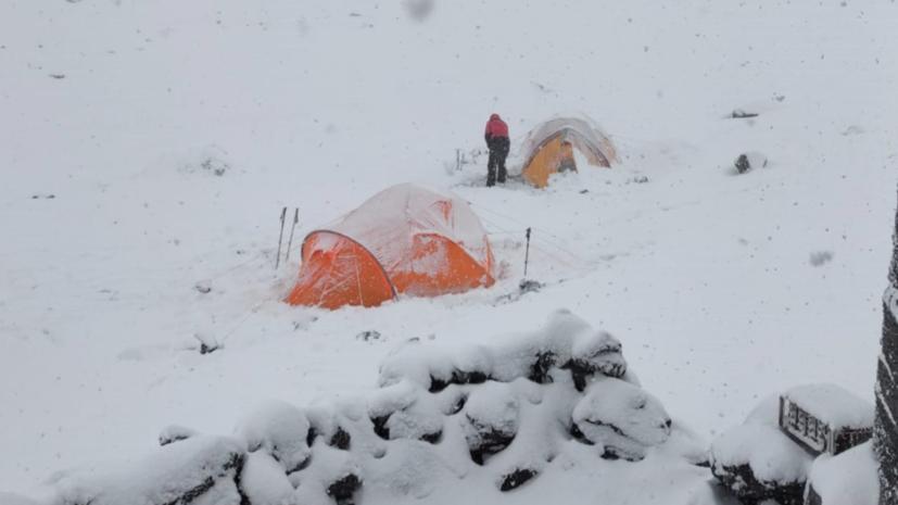 На вершине вулкана на Камчатке нашли тело альпиниста