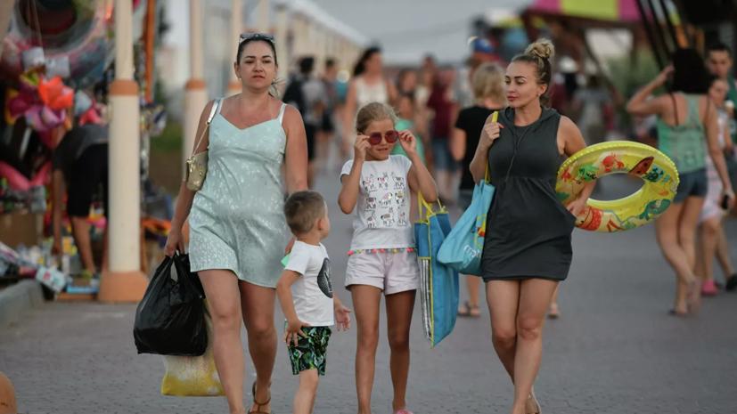 С начала туристического сезона в Крым приехал 1 млн туристов