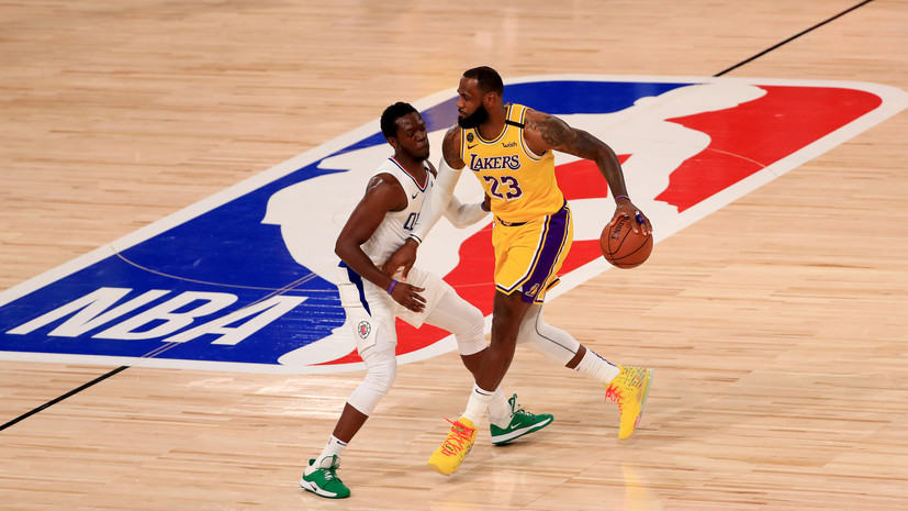 «Лейкерс» обыграли «Клипперс» в НБА, Джеймс и Дэвис набрали 50 очков на двоих