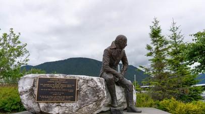 «Политический мейнстрим»: почему на Аляске приняли решение демонтировать памятник правителю русских поселений