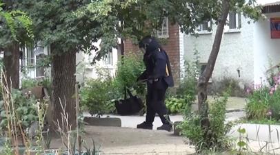 Видео спецоперации ФСБ против боевиков, готовивших нападение на сотрудников правоохранительных органов