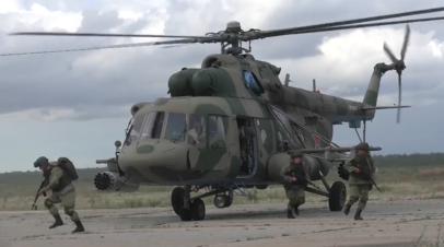 Масштабные учения сил ВДВ в Рязанской области — видео
