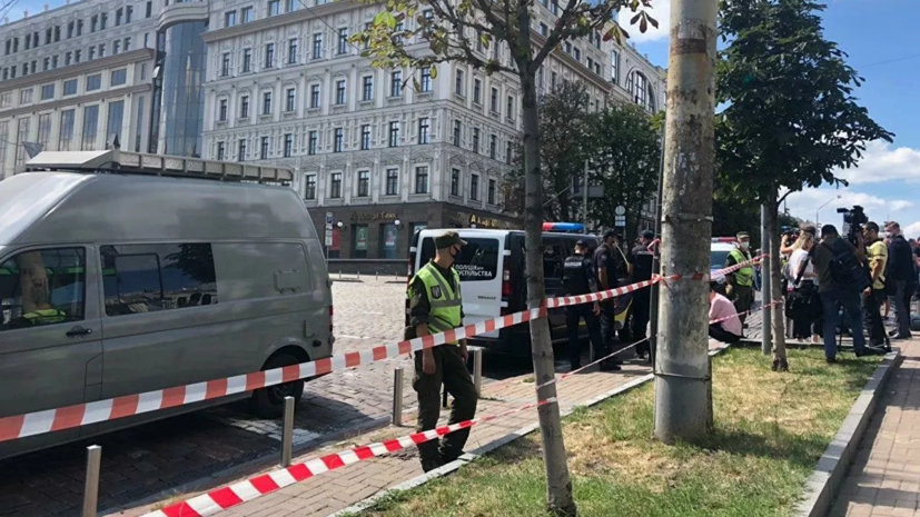Захвативший заложника в банке в Киеве задержан