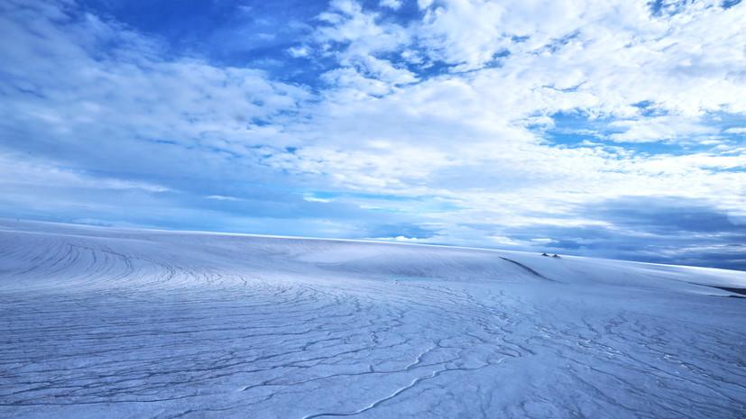Жизнь под щитом: марсианские речные долины оказались каналами под древними ледниками