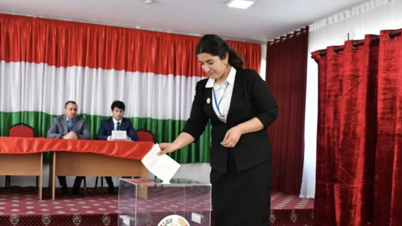 Выборы президента Таджикистана назначены на 11 октября