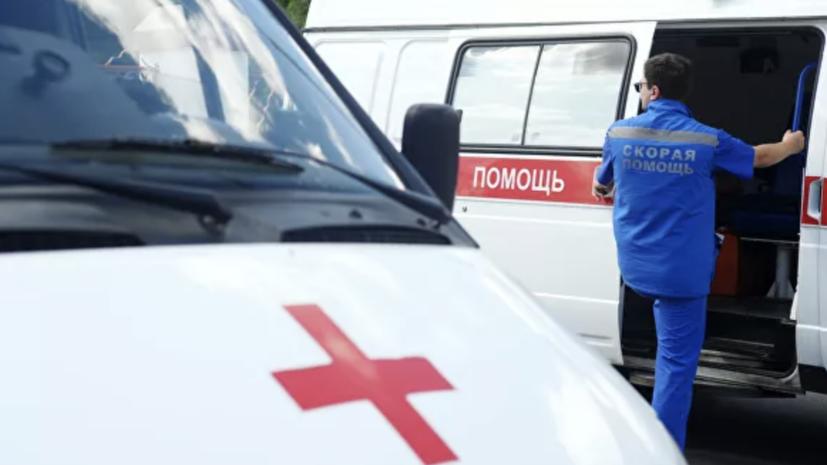 В Тюмени полицейский автомобиль сбил девушку