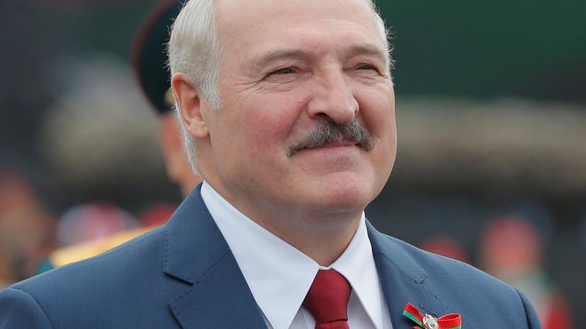 """Лукашенко заявил, что получил сигнал о """"проникновении боевиков"""" от Киева"""