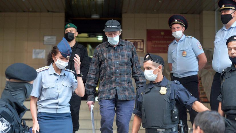 «На потерпевшего даже внимания не обратил»: что рассказали в суде свидетели по делу Ефремова