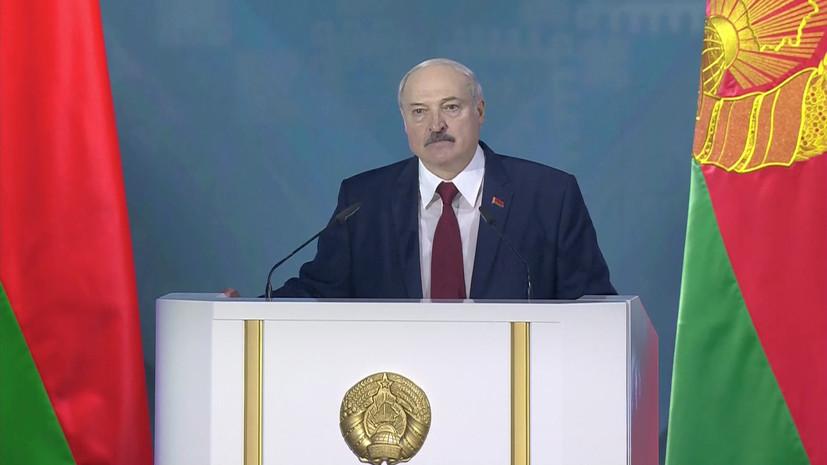 Лукашенко попросил силовиков не избивать лежачих