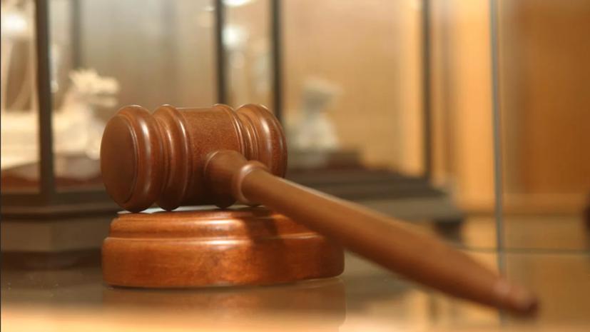 Астраханский суд продлил арест обвиняемой в убийстве сына женщине