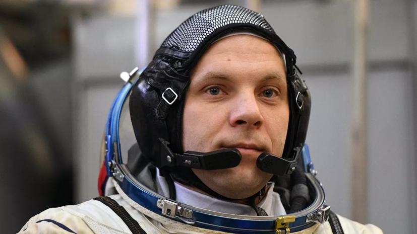 Российский космонавт заснял неизвестные объекты в космосе